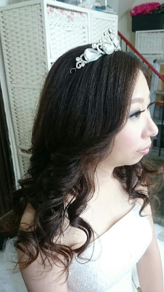 高雄新娘秘書:明星級新娘妝 雜誌感新娘妝 海派甜心 玫瑰花瀏海 復古網紗自然線條感 韓式光澤肌